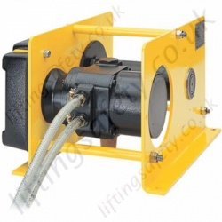 Pneumatic wire rope winch