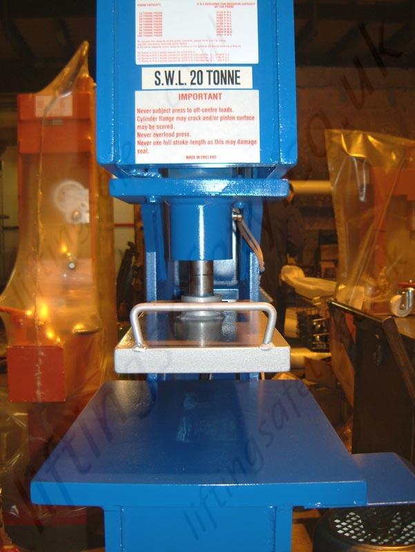 C\' Frame Hydraulic Press , Manual or Electric Hydraulic Operation ...