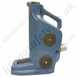 Titon Toe Jack, Durable Steel Construction - 5000kg