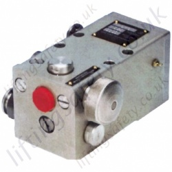 LiftingSafety Powerlite Two Stage Hydraulic Pumps - Range from 110 BAR to 700 BAR