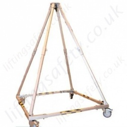 LiftingSafety Portable Quadpod, Lightweight Aluminium Construction. SWL of 500kg & 1000kg materials or EN795 Man-riding