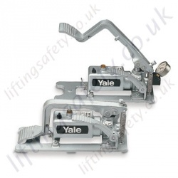 Yale 700 Bar Single Acting, Single Stage Aluminum Hydraulic Foot Pump 700 BAR. Reservoir volume useable 500cc