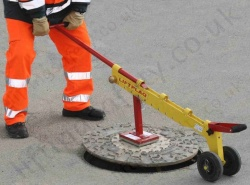 "Eurosign ""LiftPlaq"" Magnetic Manhole Cover Lifter"
