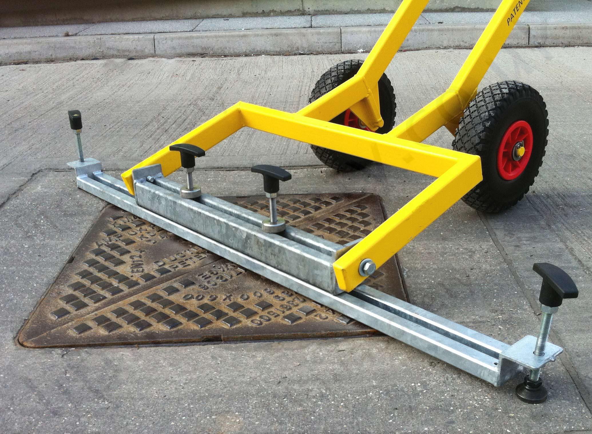 Arnold quot mk i manhole cover lifting aid kg