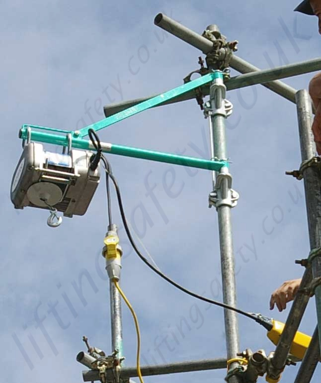 Electric Scaffold Hoist Lift : Imer rio scaffold hoist or v m working