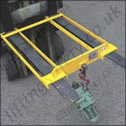 "Fixed Position Fork Lit truck Mounted ""Lifting Hook"" to Position on Forklift Tines, Fixed to the Heel Of the Forks - Range From 1000kg to 5000kg"
