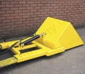 "Hydraulic ""Multi-Scoop"" Fork Mounted Bucket Material Lifting Attachment. Taps into Lift Trucks Hydraulics 200 litres to 500 litres - Range from 2000kg to 3000kg"
