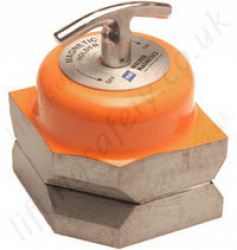 Wm P Magnetic Clamp