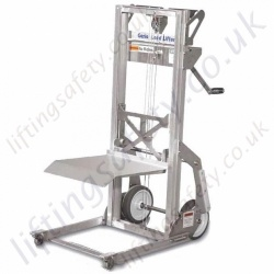 Genie Load Lifter. Lifts Materials up to 200 lbs (91 kg) to a height of 5 ft 7 in (1.7 m)