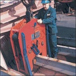 Crosby IPSE Ship Section Lifting Clamp
